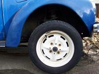 """Super Felgen! Und 185er Reifen - Klasse! Vielen Dank nochmal an Marc """"Araber""""."""